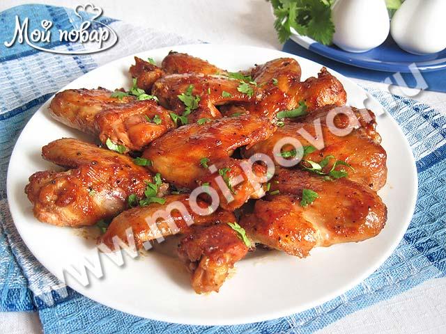 Куриные крылышки в медово - соевом маринаде с чесноком