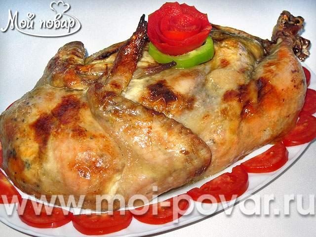 Курица, фаршированная потрохами и лапшой